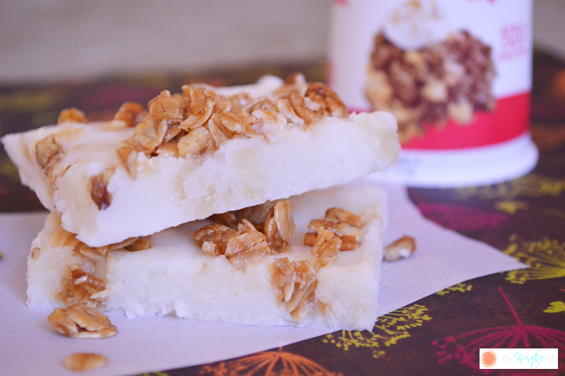 Frozen Yogurt Apple Crumble Squares - The Kreative Life